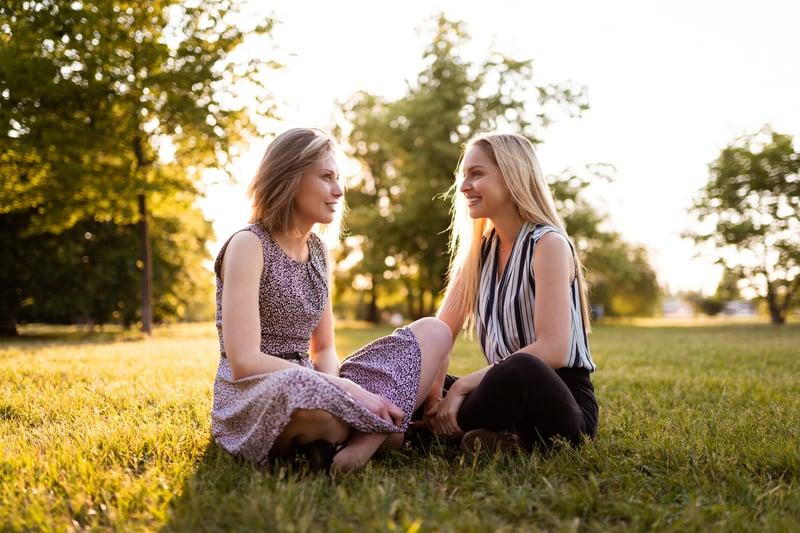 photo-wifc-two-women-outside